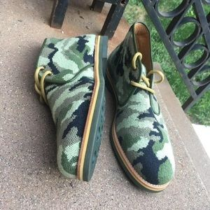 Stubbs and Wooton Camo Boots size 10